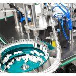 Machine de remplissage et de capsulage automatique de vernis à ongles